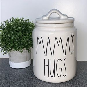 Rae Dunn Mama's Hugs